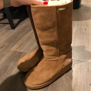 EMU Australia sheepskin tall boot